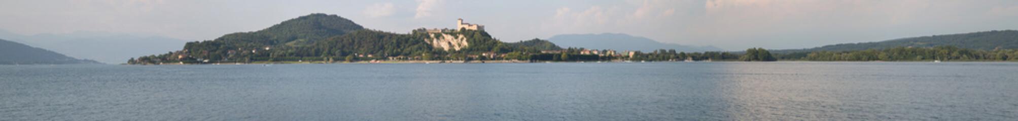 Lago Maggiore, Arona panorama rocca Angera