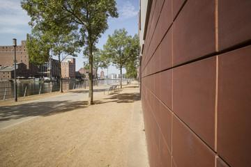 Duisburg Innenhafen-Promenade