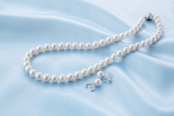 真珠のアクセサリー