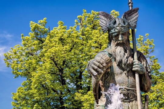 Thale, Brunnenfigur des Wotan