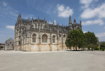 Stores à enrouleur Artistique Monastery of Santa Maria da Vitoria or da Batalha Monastery one of the most beautiful works of Portuguese architecture. One of the most important monuments of Portuguese Gothic