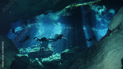 Wall mural Diving in cenote