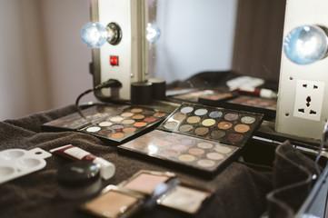 Poste de maquillage