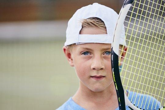 Little tennis player