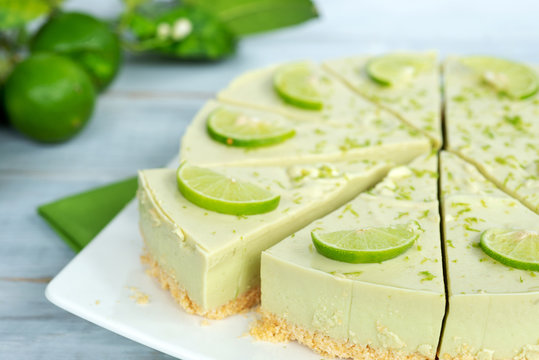 homemade no-bake avocado lime cheesecake