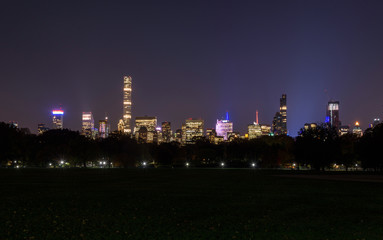 Skyline of downtown Manhattan by night, New York, United States of America
