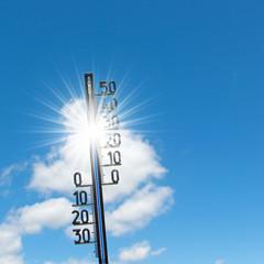 Thermometer, 30 Grad, Himmel und Sonne