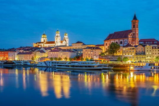 Passau zur blauen Stunde
