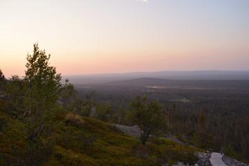 Coucher de soleil sur Pyhä Luosto (Finlande)