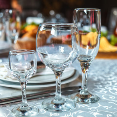 Serving of a celebratory table by glasses