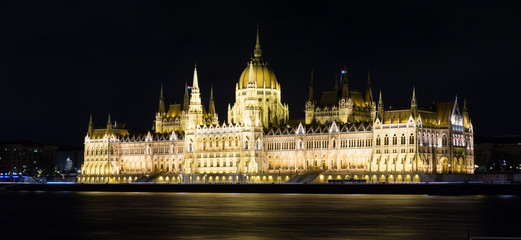 Photo of night light of Parlament in Budapest in Hungary