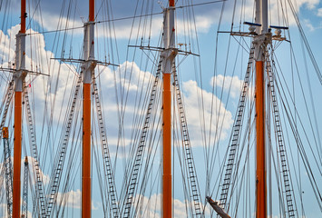 Close up picture of sailing ship masts