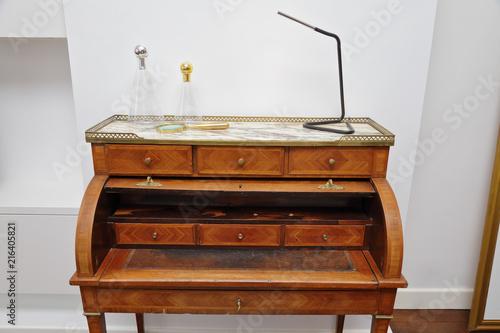 Estimation mobiliers anciens bureau bois massif art déco