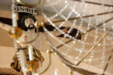 Jésus-Christ sur la croix. Eglise Saint-Gervais et Protais. Saint-Gervais-les-Bains. / Jesus on the cross. Church of St. Gervais and St. Protais. Saint-Gervais-les-Bains. Wall mural