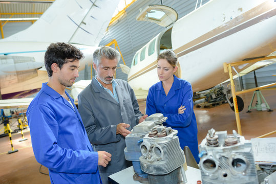 aviation engineers and apprentices