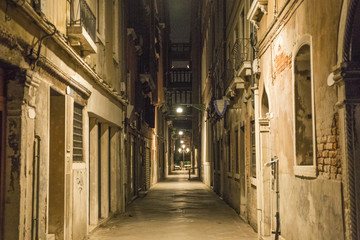 ヴェネチア 夜の街 風景