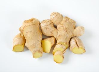 sliced ginger roots