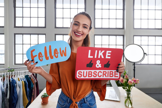 Vlogger telling viewers to follow her channel