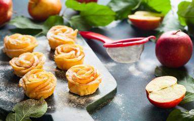 Apple Rose mini tarts