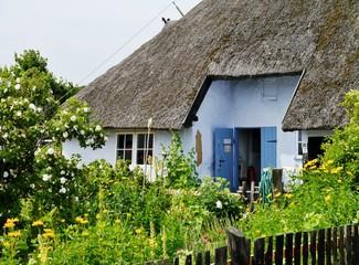 Strohgedecktes Haus in Groß-Zicker auf Rügen