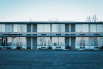 Foto op Canvas Berlijn An abandoned motel in Afton, Virginia