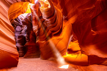 Photo sur Aluminium Rouge mauve Upper Antelope Canyon