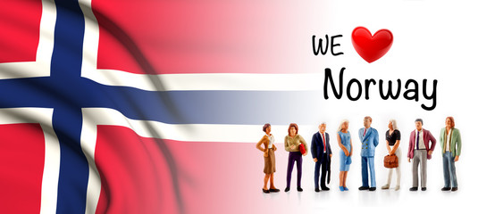 we love Norway, A group of people pose next to the Norvegian flag