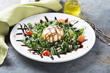 Burrata and arugula salad