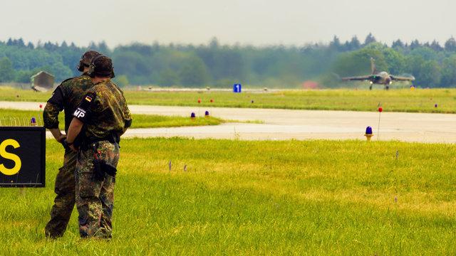 Panavia Tornado ECR Soldaten Bundeswehr