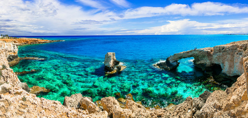 Keuken foto achterwand Cyprus Beautiful nature and cystal clear waters of Cyprus. arch bridge near Agia Napa