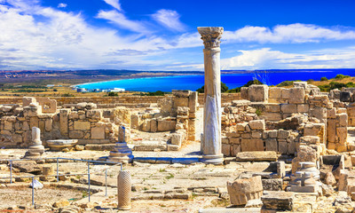 Keuken foto achterwand Cyprus Antique Cyprus - Kourion temple over sea