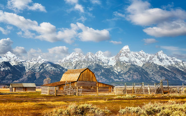 Teton Range with Moulton Barn in the Grand Teton National Park, Wyoming, USA.