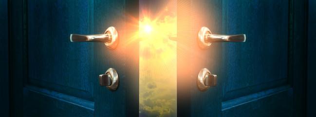 Fotomurales - The open door, magic