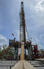 Drilling land rig in oil exploration field
