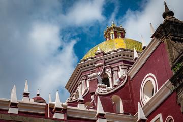 Iglesia en Puebla de Zaragoza, Mexico