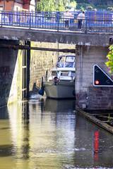 Saverne. Sortie d'écluse sur le canal de la Marne au Rhin. Bas Rhin. Grand Est