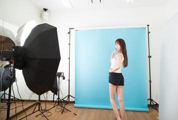 スタジオ モデル撮影 イメージ