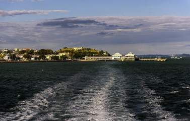 Return by ferry from Devenport to Auckland