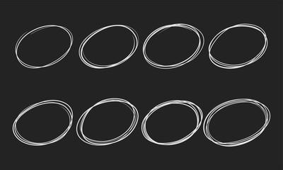 Fototapete - Doodle sketch circles vector pen or chalk line