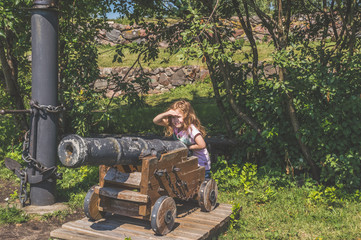 child have ancient, artillery, gun
