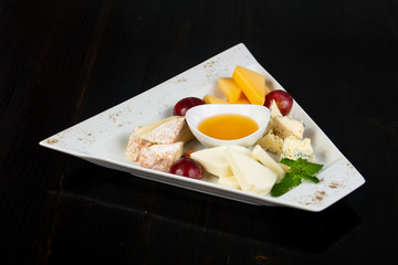 Cheeses plate mix