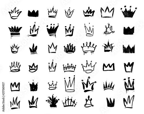 Set of Crown logo graffiti icon  Drawing by hand black