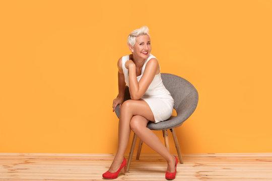 Mature women legs photos