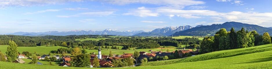 Wall Mural - ländliche Natur im Allgäuer Alpenvorland