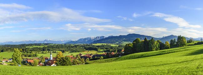 Wall Mural - Ausblick auf Schwarzenberg und den Allgäuer Alpenrand