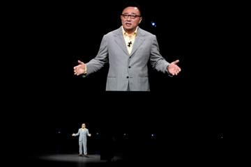 DJ Koh, Samsung's Mobile Communications Division President and CEO speaks at the new Samsung Galaxy Note 9 product launch event in Brooklyn