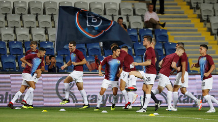 Europa League - Istanbul Basaksehir v Burnley