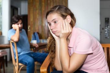 Traurige Frau nach Ehestreit
