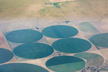 Fotobehang Luchtfoto Aerial view of pivot irrigation in Colorado, USA.