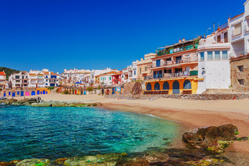 Autocollant pour porte Barcelona Sea landscape with Calella de Palafrugell, Catalonia, Spain near of Barcelona. Scenic fisherman village with nice sand beach and clear blue water in nice bay. Famous tourist destination in Costa Brava